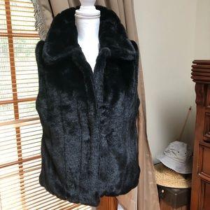 Casual faux fur vest